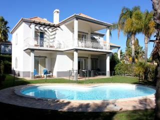Stevens Brown Apartment, Quinta do Lago, Algarve - Lagos vacation rentals