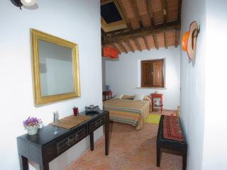 La Locanda di Via della Ralla - Etno con cucina - Chiesina Uzzanese vacation rentals
