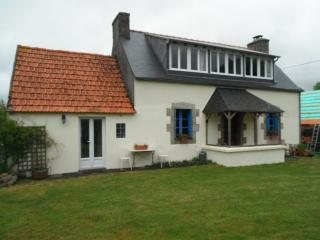 Peaceful Country Cottage Near The Sea. - Audierne vacation rentals