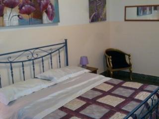 Bright 4 bedroom Vacation Rental in Reggio di Calabria - Reggio di Calabria vacation rentals