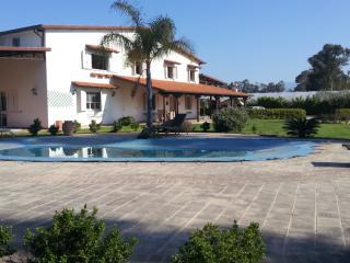 Affascinante villa con Piscina a bella farnia - Sabaudia vacation rentals