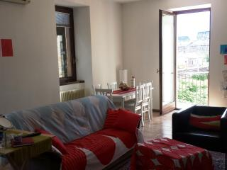 Via Stoppani Trento Flat - Trento vacation rentals