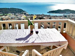 Sea view holiday apartment 2 Emilija - Makarska vacation rentals