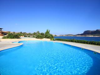 Apartment in a village with pool - Golfo Aranci - Golfo Aranci vacation rentals
