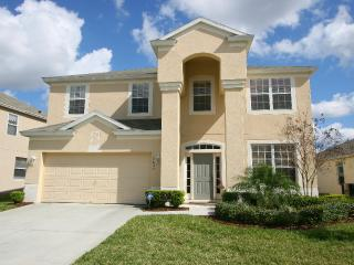 WINDSOR HILLS L BED LAKE VIEW WITH PRIVATE POOL - Kissimmee vacation rentals