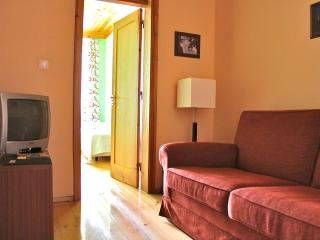 Galliard Green Apartment - Lisbon vacation rentals
