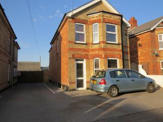Leslie House - Bournemouth vacation rentals