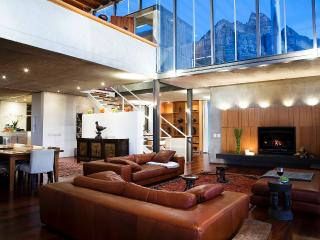 Beautiful 6 Bedrooms house in Camps Bay; Cape Town - Western Cape vacation rentals