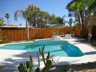 Desert Oasis: Classic Mid Century Modern Home! - Rancho Mirage vacation rentals