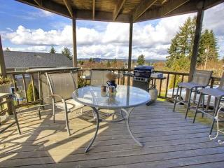 5 Bdrm House w/Water Views, Near Chambers Bay Golf - Gig Harbor vacation rentals