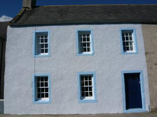 2 bedroom House with Internet Access in Portsoy - Portsoy vacation rentals