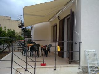tonnara di Bonagia Villino adriana - Bonagia vacation rentals