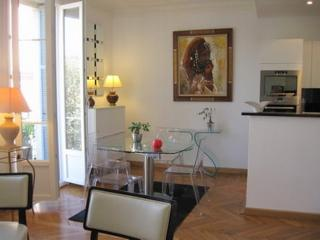 JdV Holidays Apartment Sauge, modern apartment for up to 4 in Central Nice - Nice vacation rentals