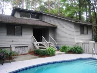 BEAUTIFUL SEA PINES HOME- NEAR OCEAN LOCATION WITH POOL- HILTON HEAD ISLAND, SC - Hilton Head vacation rentals