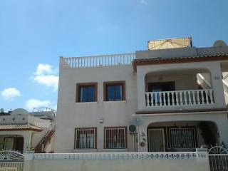 2 bedroom Apartment with Television in Daya Vieja - Daya Vieja vacation rentals