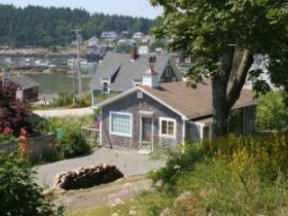 Hicks Cottage - Image 1 - Stonington - rentals