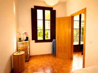 Sunny Apartment in Historical Palma Old Town - Palma de Mallorca vacation rentals