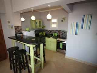 Zesty apartment - 2 bedrooms, Wifi, BBQ, stylish. - Dahab vacation rentals
