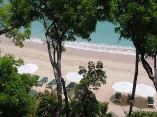 A Luxurious Three Bedroom, Four Bathroom Penthouse - Paynes Bay vacation rentals