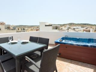 085 Sunny Penthouse with Views - Saint Paul's Bay vacation rentals