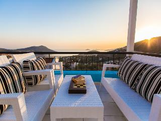 Spacious 5 bedroom Villa in Kalkan - Kalkan vacation rentals