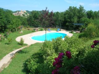 Colle della Sibilla - country flat - Sarnano vacation rentals
