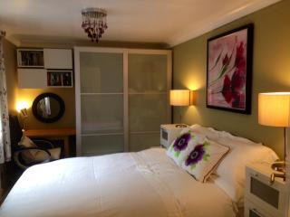 Self catering Holiday rental apartment - Canterbury vacation rentals