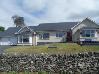 Perfect 5 bedroom Hawick Cottage with Deck - Hawick vacation rentals