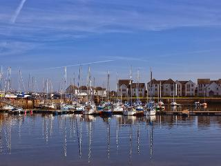 Apartment Rental in Tayport with Golf Nearby - Tayport vacation rentals