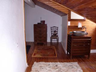Bright 2 bedroom Vacation Rental in Sainte-Enimie - Sainte-Enimie vacation rentals