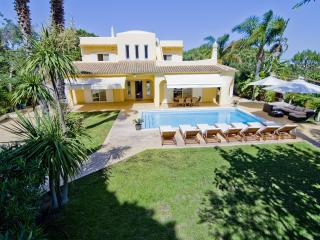 Bright Villa with Internet Access and A/C - Vale do Lobo vacation rentals