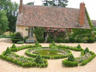 1 bedroom Cottage with Internet Access in Chateau-Renault - Chateau-Renault vacation rentals