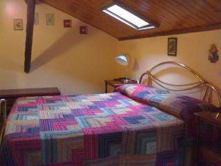 Cozy 2 bedroom Apartment in Agaggio Inferiore - Agaggio Inferiore vacation rentals