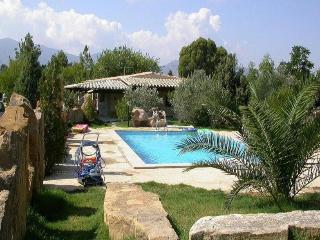 Villetta con piscina, Pula Sardegna mare e montagn - Pula vacation rentals