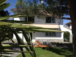 Lovely 3 bedroom House in Argelès-Gazost with Internet Access - Argelès-Gazost vacation rentals