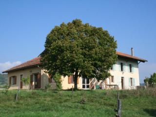 Nice Gite with Internet Access and Central Heating - Saint-Antoine-l'Abbaye vacation rentals