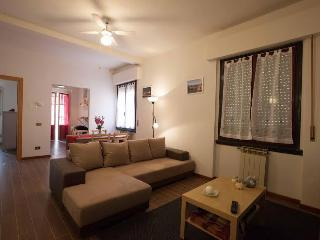 Casa Clementi - 2BD with terrace near Cascine Park - Florence vacation rentals