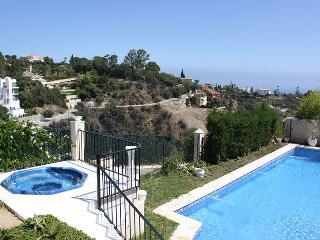 MARBELLA EL ROSARIO VILLA- PANORAMIC SEA VIEWS - Marbella vacation rentals