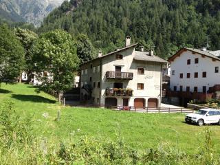 Apartment Il Sogno Campodolcino - Madesimo vacation rentals