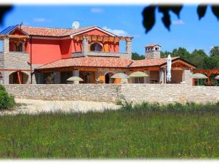 Perfect 4 bedroom Vacation Rental in Rebici - Rebici vacation rentals