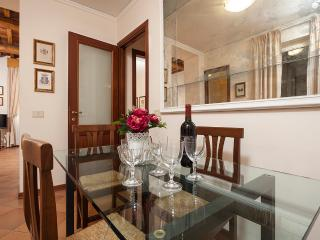Trevi – Via Rasella - Rome vacation rentals