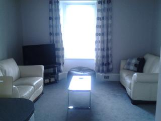 Fully furnished flat in beautiful Edzell village - Edzell vacation rentals