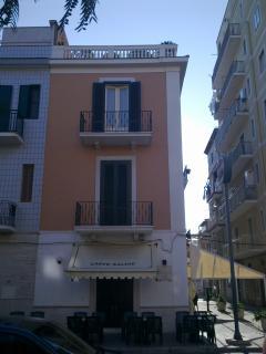 Beautiful Penthouse in Margherita di Savoia with Television, sleeps 5 - Margherita di Savoia vacation rentals