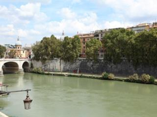 TEVERE TERRACE - Rome vacation rentals