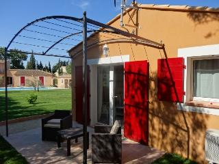 2 bedroom Guest house with Internet Access in Barbentane - Barbentane vacation rentals