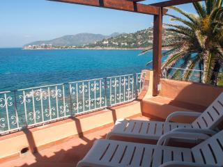 Beautiful House with Deck and Internet Access - Torre delle Stelle vacation rentals