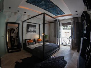 EasyHomes for 4 - Budapest vacation rentals