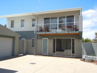 Elandra Holiday Home Fleurieu Peninsula Moana - Seaford Rise vacation rentals