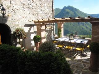 Rosemoyne, historic 16th century stone home - Bagni Di Lucca vacation rentals