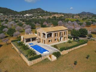 Mansion Ses Oliveres Villas2rent Mallorca - Cala d'Or vacation rentals
